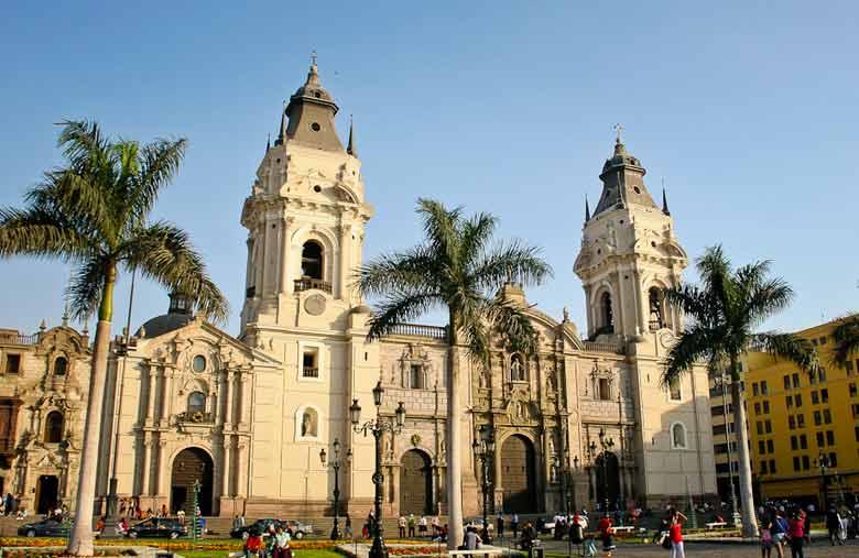 Лима в Перу зимой