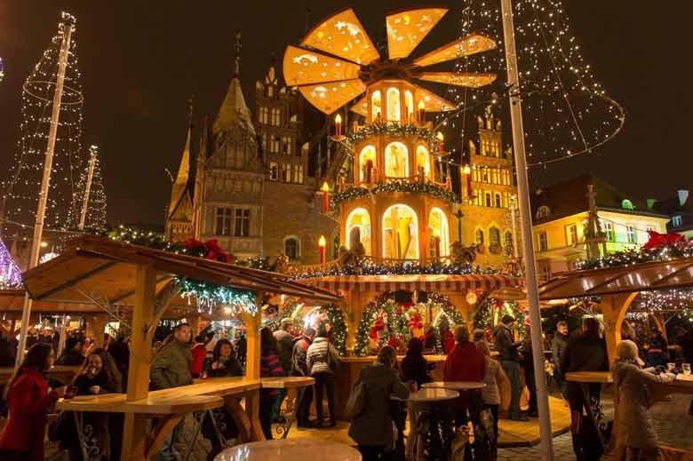 рождественская ярмарка в Варшаве