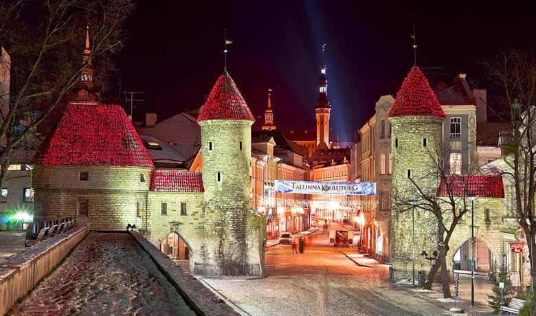 Таллин - старый город зимой