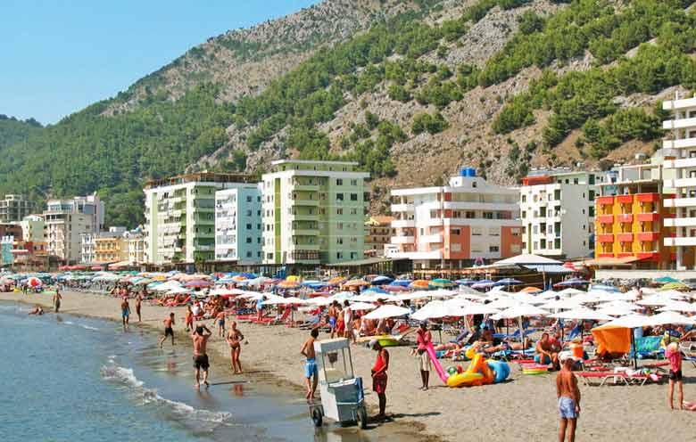 Курорт Шенджин в Албании