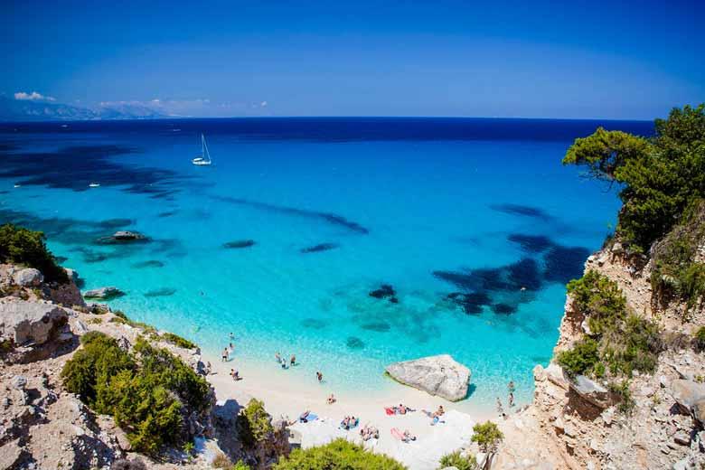 Пляж Кала-Голоритце