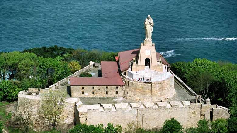 Руины на вершине Монте-Ургули