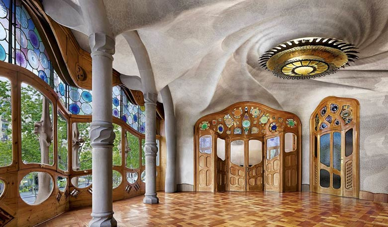 Casa-Batllo - внутри здания
