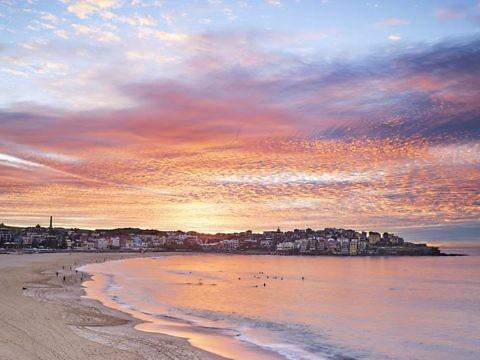 Пляж Бонди-Бич в Австралии
