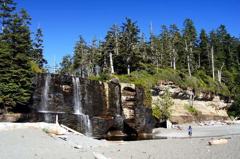 Водопад Tsusiat, Британская Колумбия