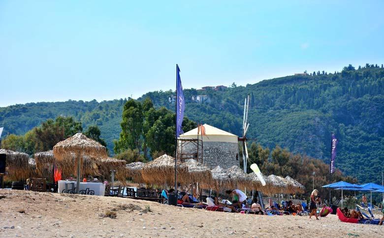 Ай Яннис - пляж Пароса