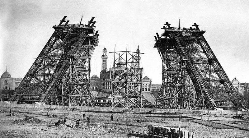 История Эйфелевой башни в Париже