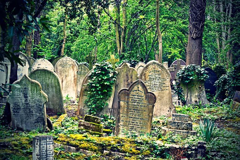 Хайгейтское кладбище - памятники