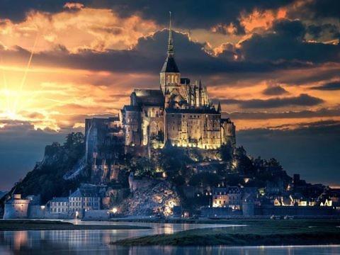 Легендарный остров-замок Мон-Сен-Мишель
