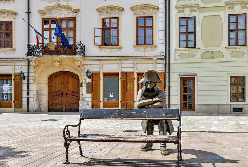 Солдат Наполеона, Братислава