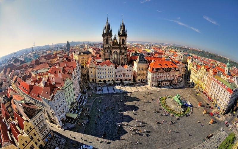 Центральная площадь в Праге