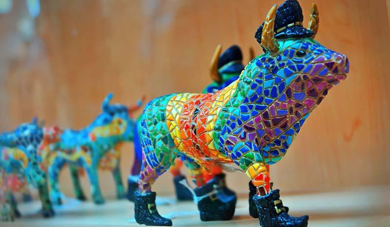 Фигурка быка из Испании