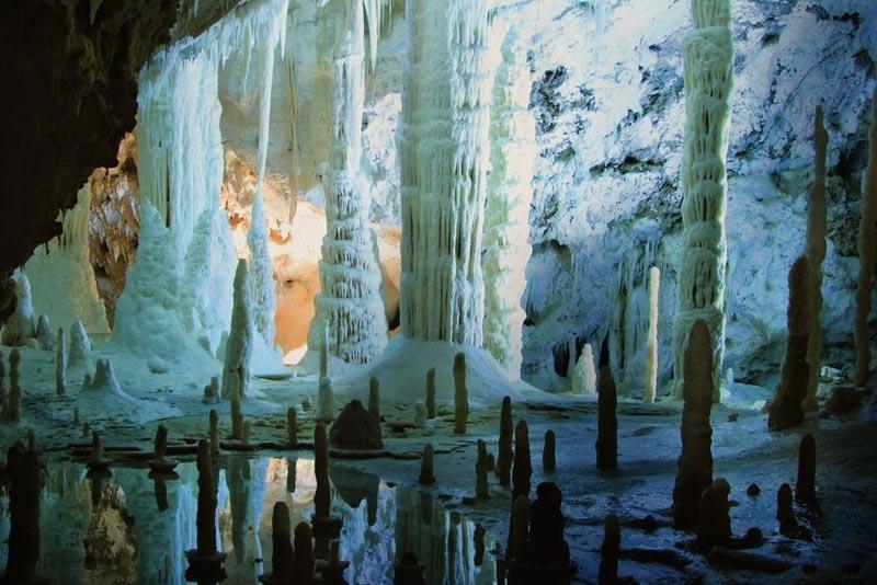 Пещеры Хато