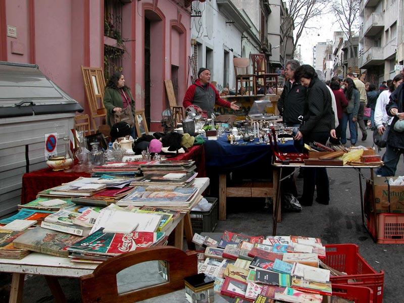 Тристан Нарваха, блошиный рынок в Уругвае