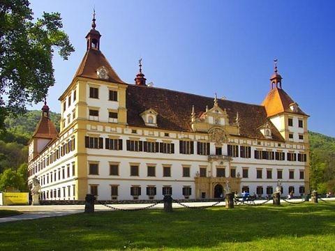 Замок Эггенберг в Австрии