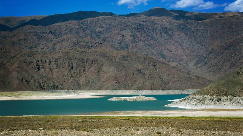 Мертвое озеро, Киргизия