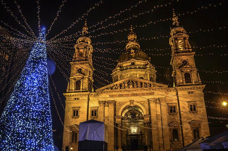 Собор Святого Иштвана в Будапеште, Новый год