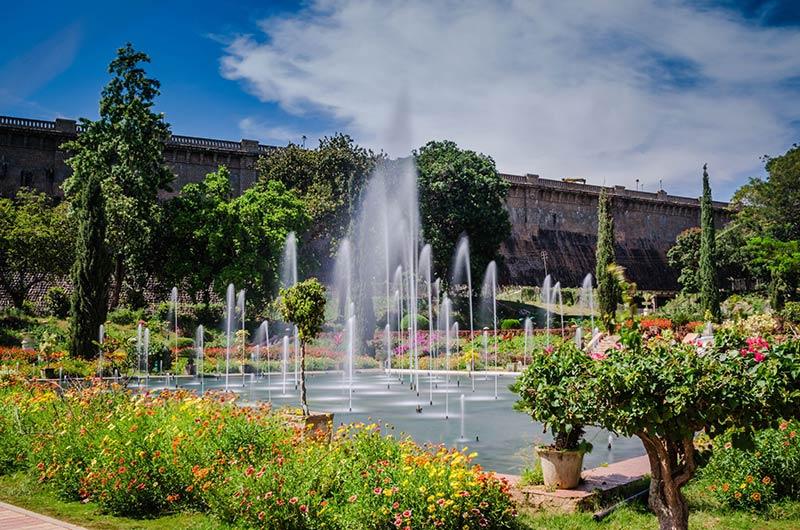 Сады Бриндаван в Майсуре