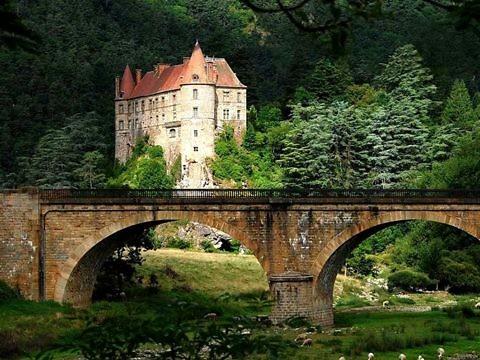 Необычные места во Франции